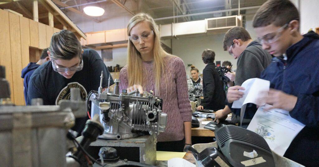 Meagan Slates teaches students.