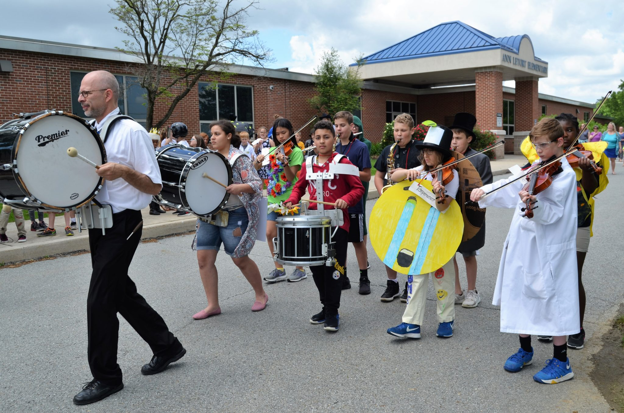 Letort students and staff participate in a Vocabulary Parade.