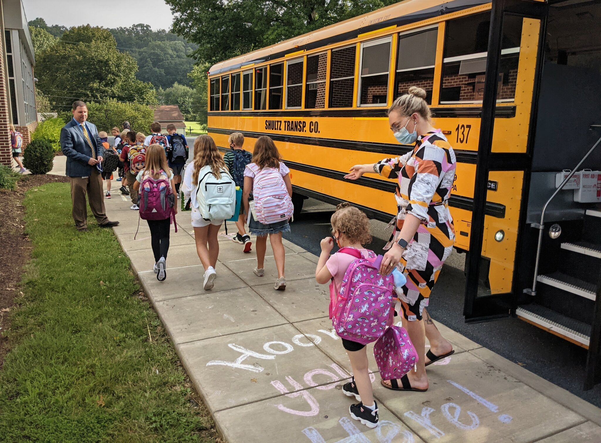 Conestoga Elementary students leave buses